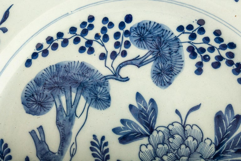 By Ax Porcelain Factory, Mid-18th Century, Pair of Faience Delft Round Dishes For Sale 3