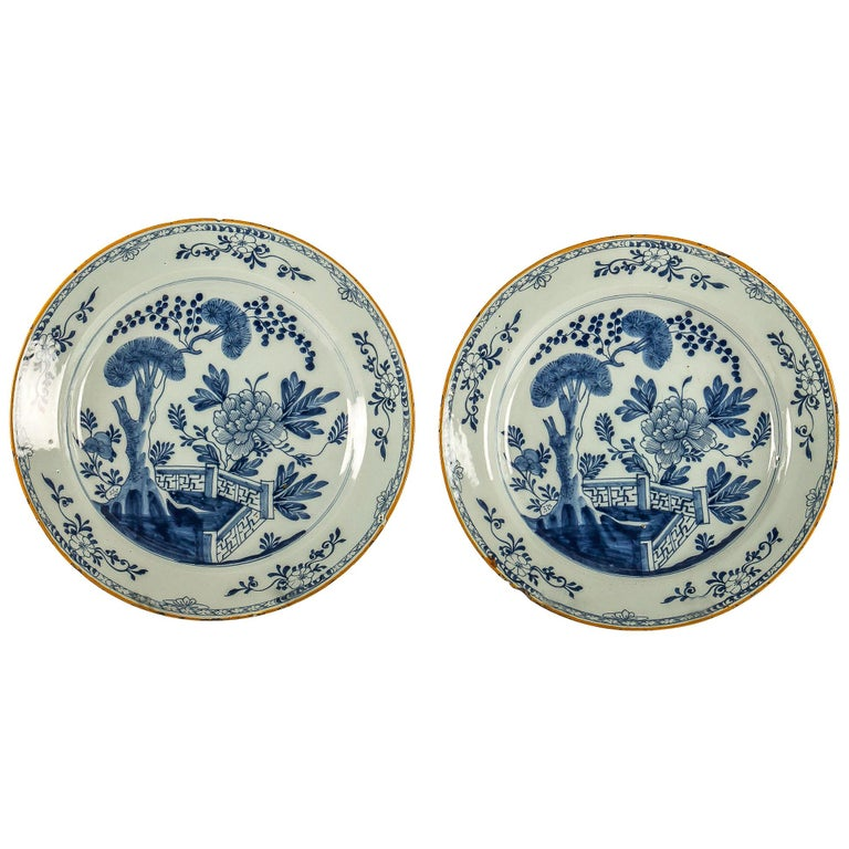 By Ax Porcelain Factory, Mid-18th Century, Pair of Faience Delft Round Dishes For Sale
