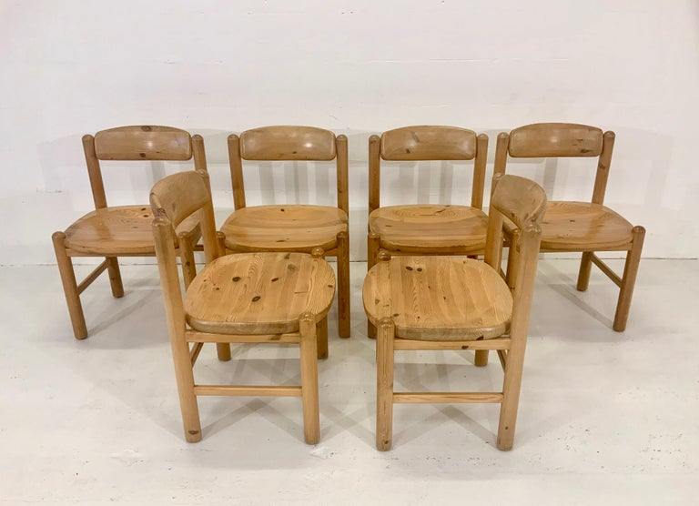 By Rainer Daumiller Danish Modern Solid Pine Wood Dining Chairs, 1960s, Set of 6 In Good Condition For Sale In Hamburg, DE