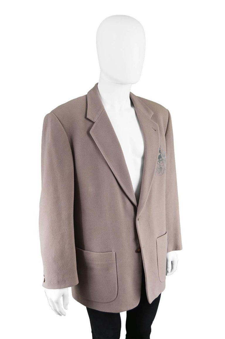Byblos Vintage 1980s Men's Taupe Cashmere & Wool Embroidered Blazer Jacket In Excellent Condition For Sale In Doncaster, South Yorkshire