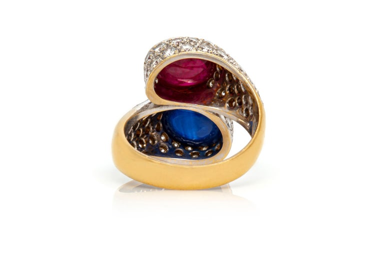 Bypass Cabochon Ruby and Sapphire Diamond Ring In Good Condition For Sale In New York, NY