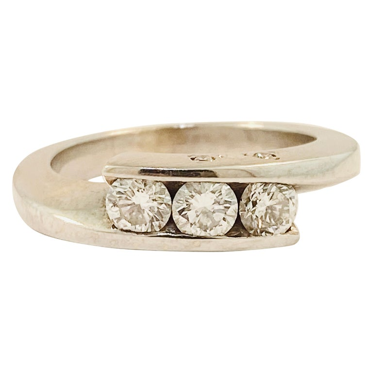 French Bypass Diamond Ring in 18 Karat White Gold Ring W Three Stones on Top For Sale
