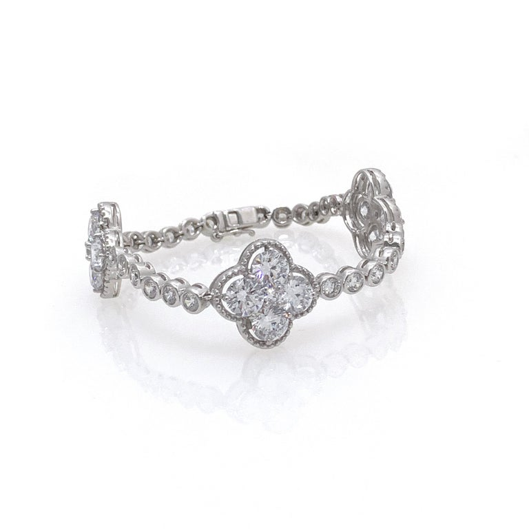 Contemporary Byzantine Clover Sterling Silver Station Bracelet For Sale