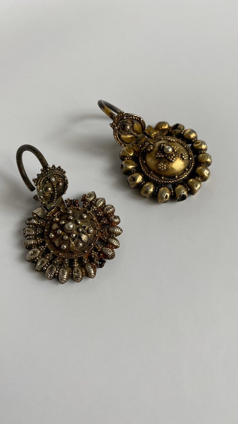 Authentic Pair of earrings ('arpalii) comes from its origin town Vidin in Bulgaria.