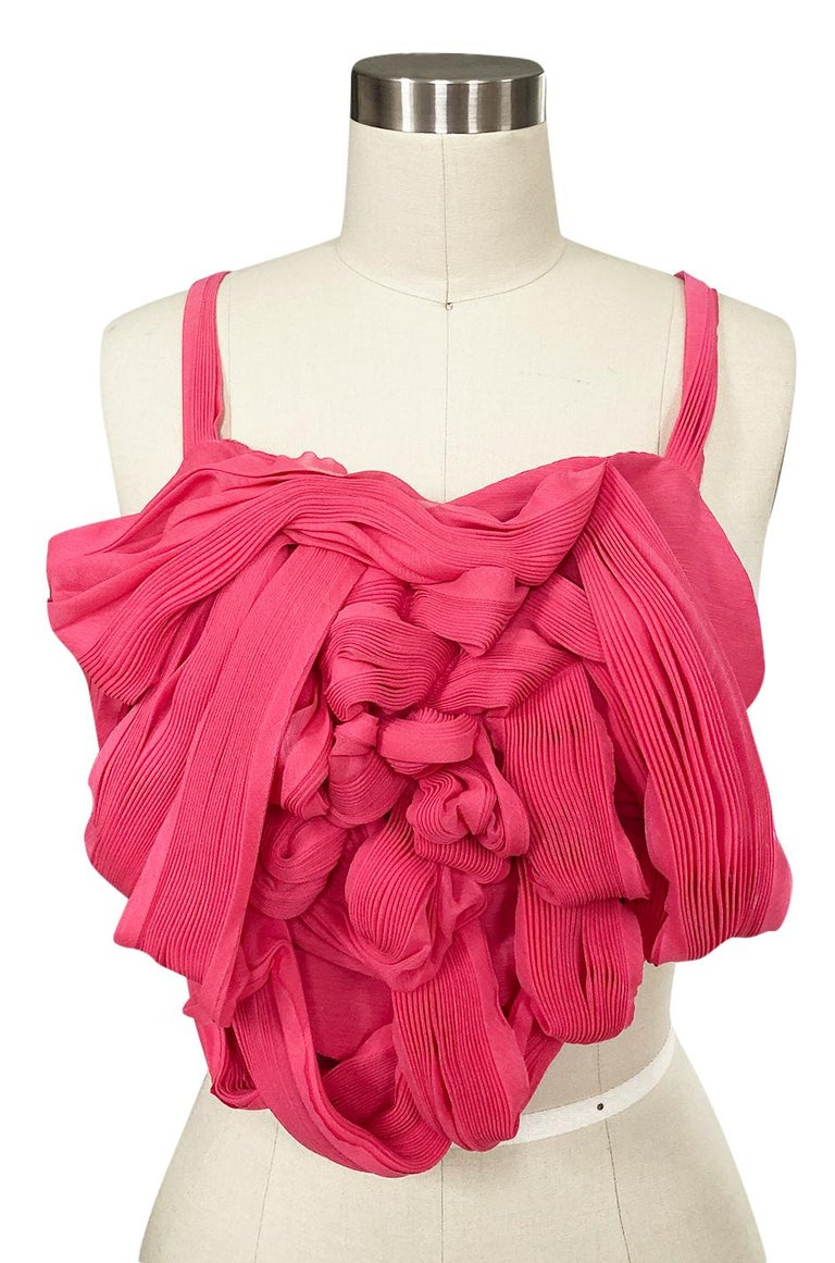 c. Spring 2005 Issey Miyake Vibrant Pink Backless Pleated Origami Flower Top For Sale 1