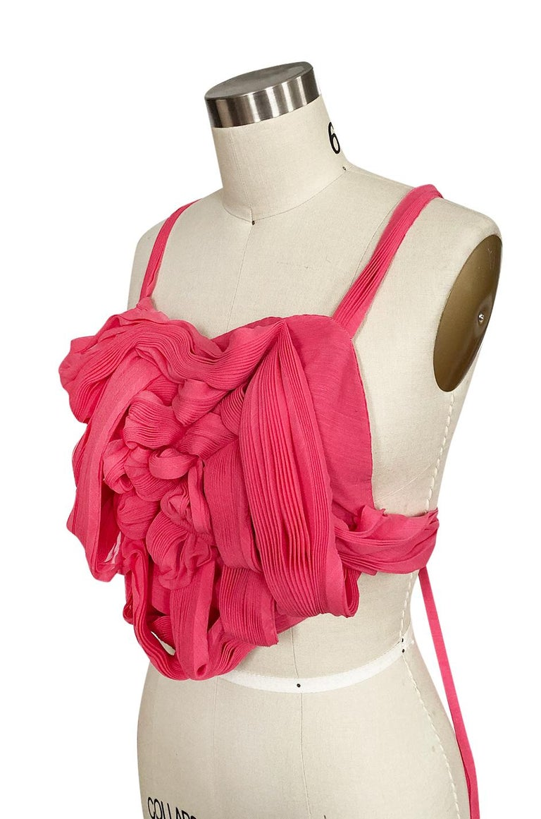 c. Spring 2005 Issey Miyake Vibrant Pink Backless Pleated Origami Flower Top For Sale 2