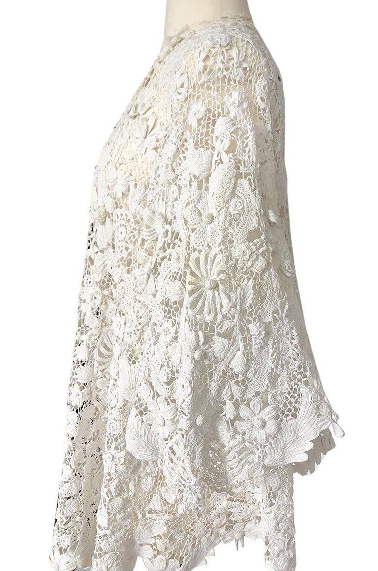 c.1900s Antique Handmade White 3D Floral Irish Crochet Lace Jacket For Sale 2