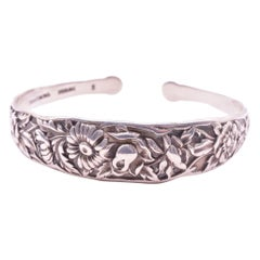 C1920 S. Kirk & Sons Inc. Sterling Silver Repousse Bangle Bracelet