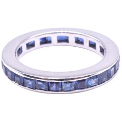 Art Deco Sapphire Eternity Band in polished White Gold, circa 1930