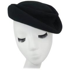 C.1950 I. Magnin Black Wool Felt Tilt Hat