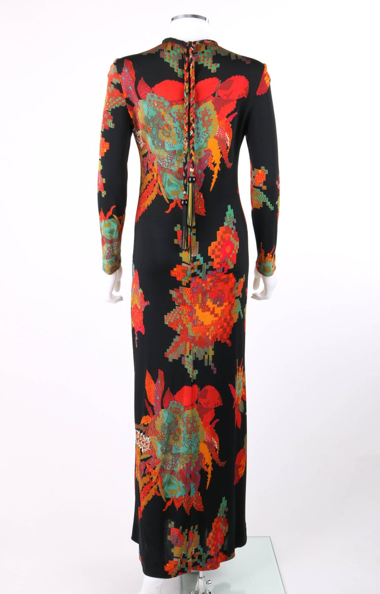 C 1960 S Black Multicolor Boho Knit Floral Print Long