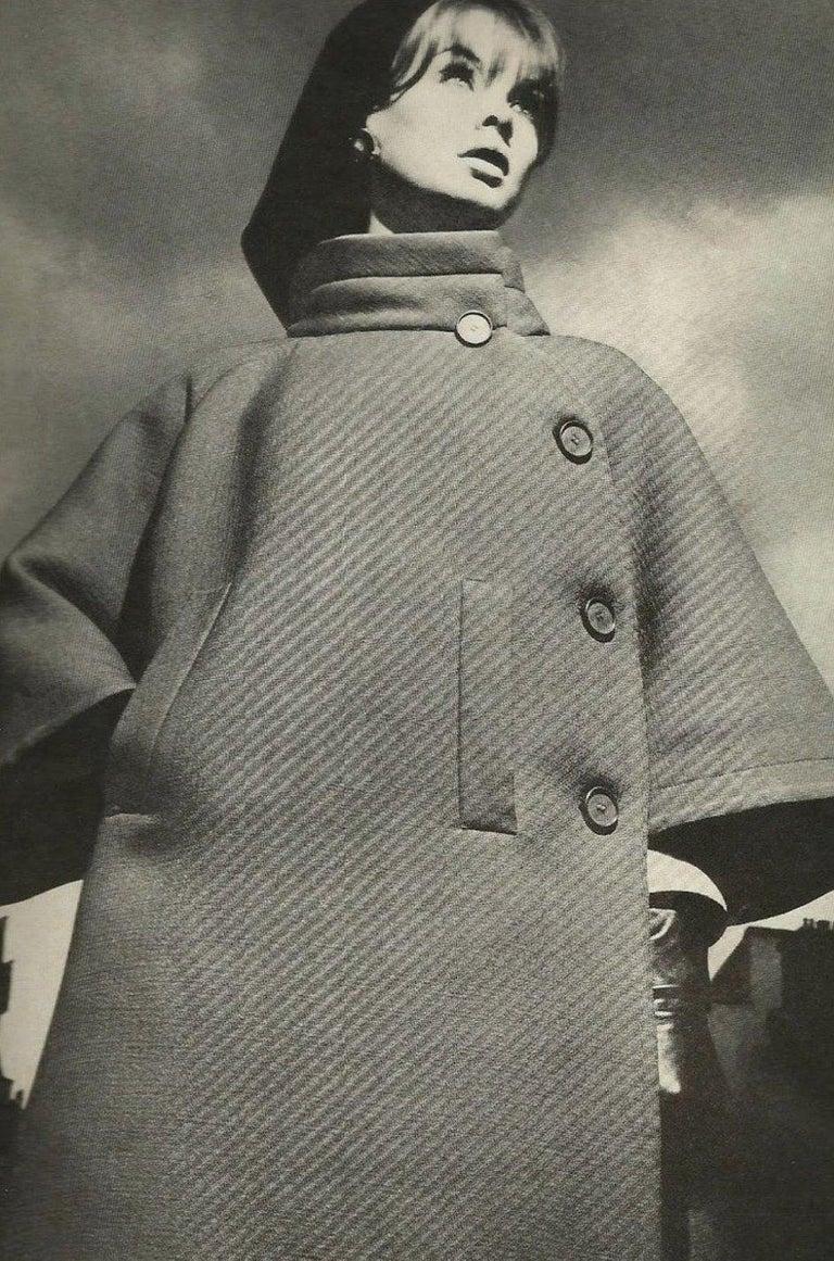c1965 Nina Ricci Haute Couture Sheepskin Lined Ivory Silk Coat For Sale 6