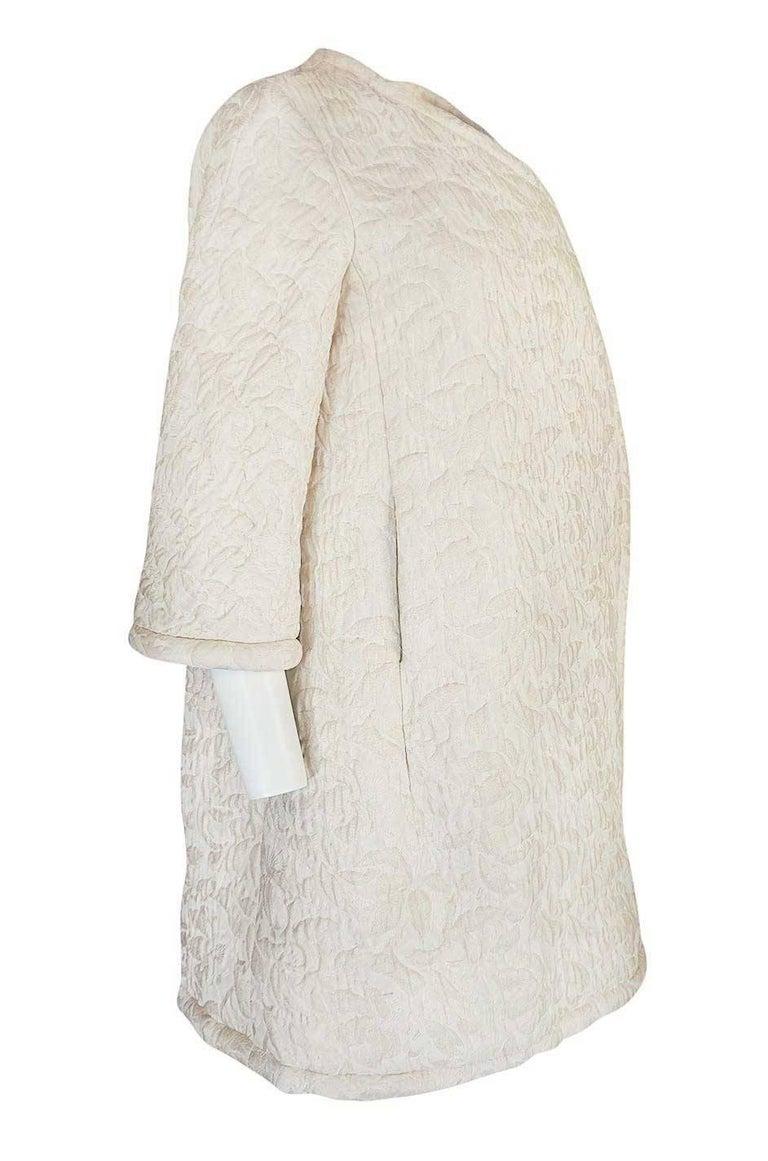 Beige c1965 Nina Ricci Haute Couture Sheepskin Lined Ivory Silk Coat For Sale