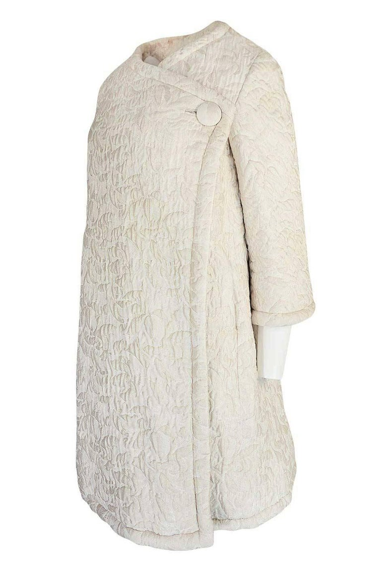 Women's c1965 Nina Ricci Haute Couture Sheepskin Lined Ivory Silk Coat For Sale