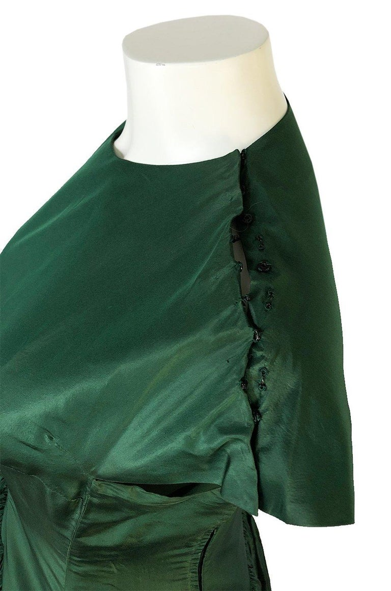 c1977 Madame Gres Haute Couture Deep Green Silk Taffeta Dress & Cape For Sale 7