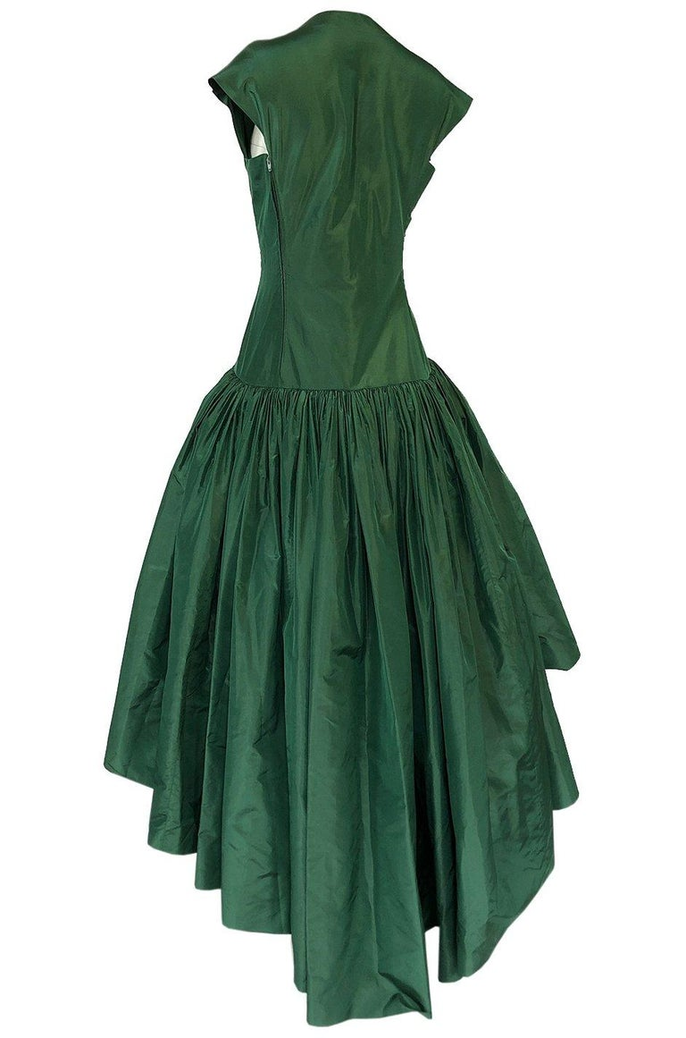 c1977 Madame Gres Haute Couture Deep Green Silk Taffeta Dress & Cape For Sale 5
