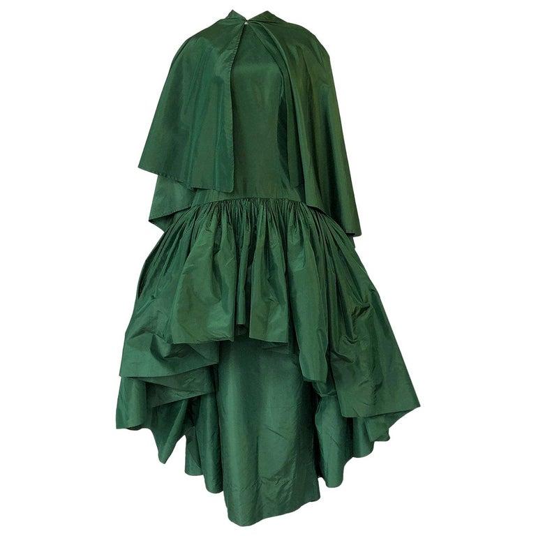c1977 Madame Gres Haute Couture Deep Green Silk Taffeta Dress & Cape For Sale
