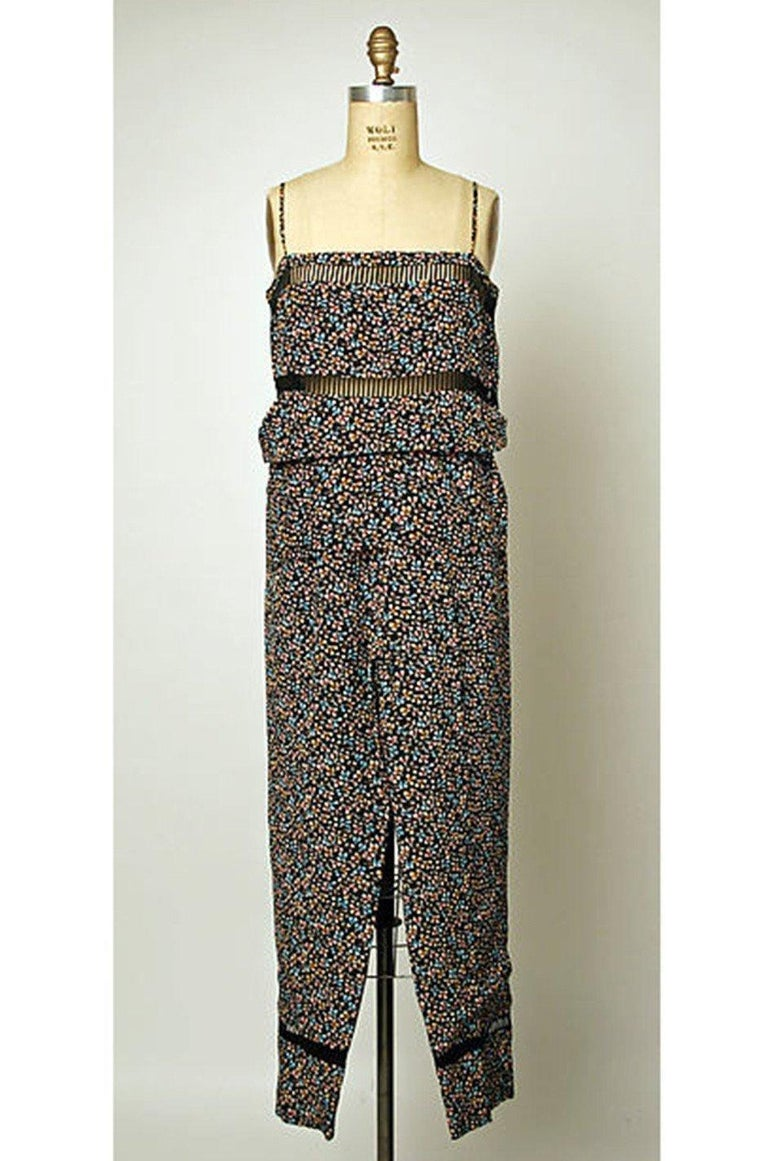 c.1978 Unlabeled Christian Dior Haute Couture Silk Dress w Floral Belt For Sale 12