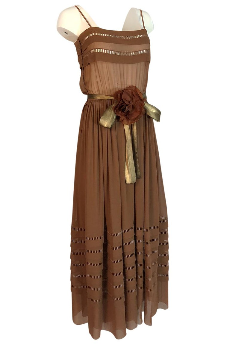 Brown c.1978 Unlabeled Christian Dior Haute Couture Silk Dress w Floral Belt For Sale