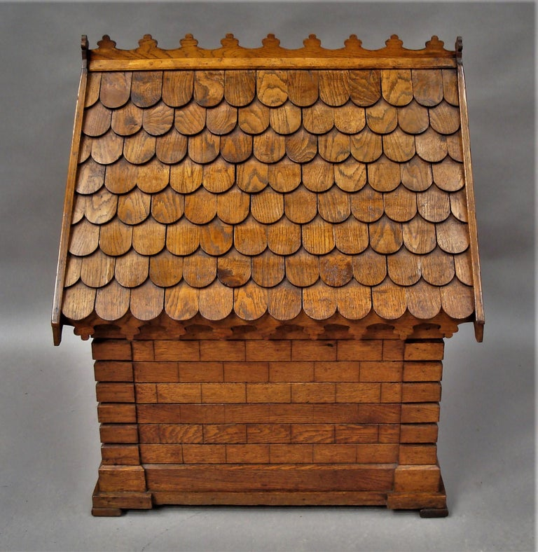 English 19th Century Oak Dog House or Dog Kennel For Sale