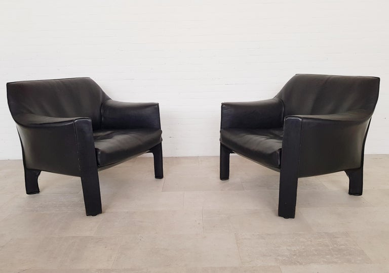 European CAB 415 Black Leather Lounge Chairs by Mario Bellini for Cassina, 1980s For Sale