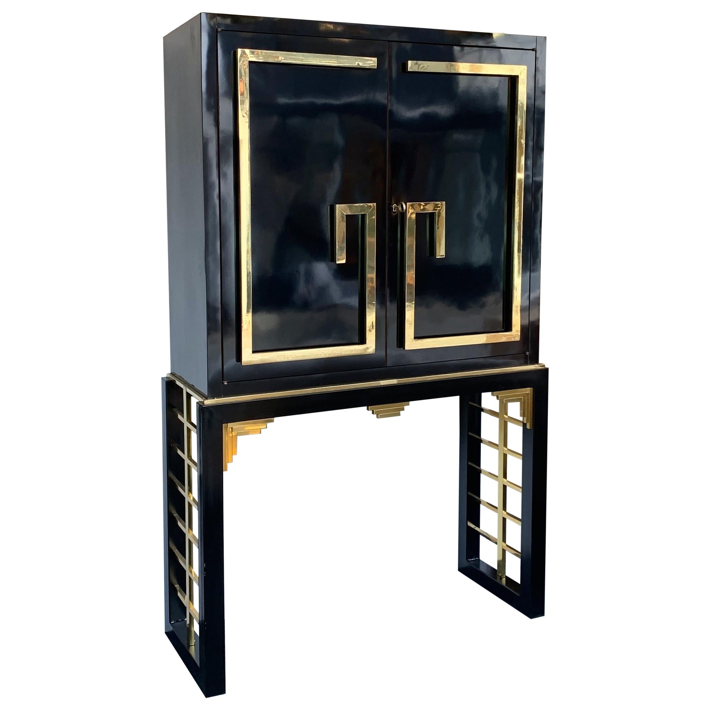 Cabinet Bar Lacquered with Brass and Mirror, Italy, 1970s
