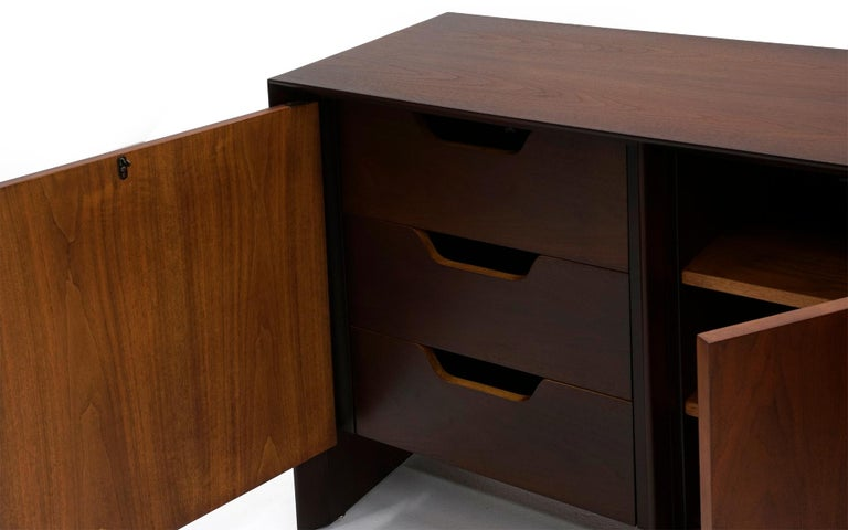 American Cabinet / Credenza / Sideboard by Robsjohn Gibbings for Widdicomb, Excellent For Sale
