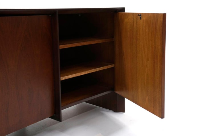 Cabinet / Credenza / Sideboard by Robsjohn Gibbings for Widdicomb, Excellent In Excellent Condition For Sale In Kansas City, MO