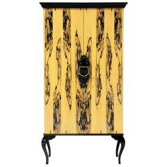 Cabinet in Ebony Royal