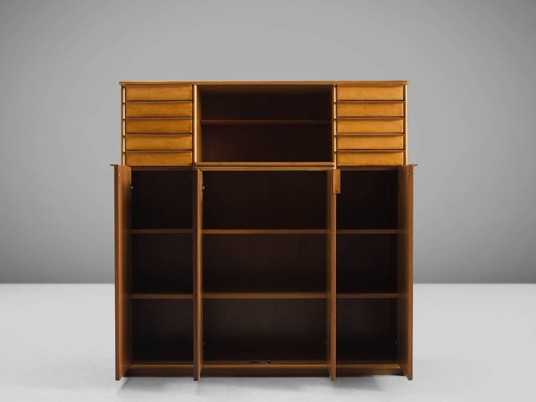 Mid-20th Century Cabinet in Leather and Italian Walnut For Sale