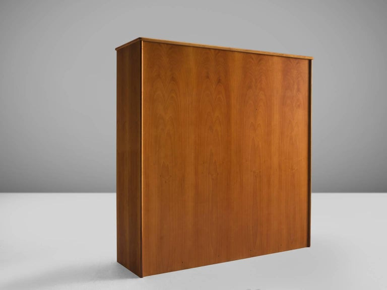 Cabinet in Leather and Italian Walnut For Sale 1