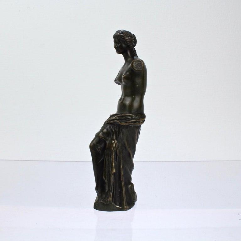 Grand Tour Cabinet Size Bronze Sculpture of Venus de Milo after Ron Liod Sauvage For Sale