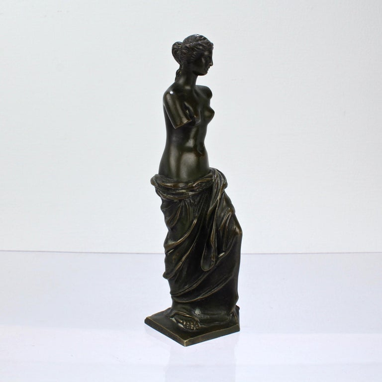 Cabinet Size Bronze Sculpture of Venus de Milo after Ron Liod Sauvage For Sale 1