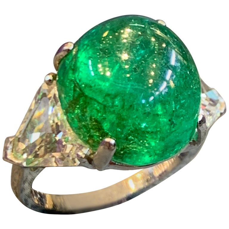Women's Cabochon Colombian Emerald and Diamond Three-Stone Ring For Sale