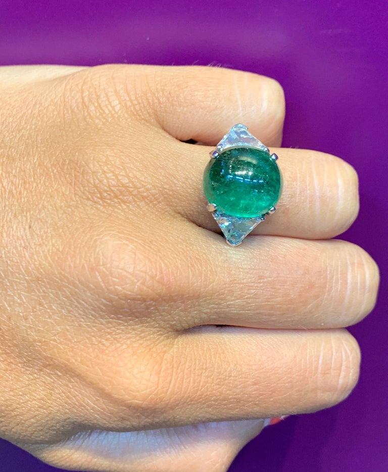 Cabochon Colombian Emerald and Diamond Three-Stone Ring For Sale 2