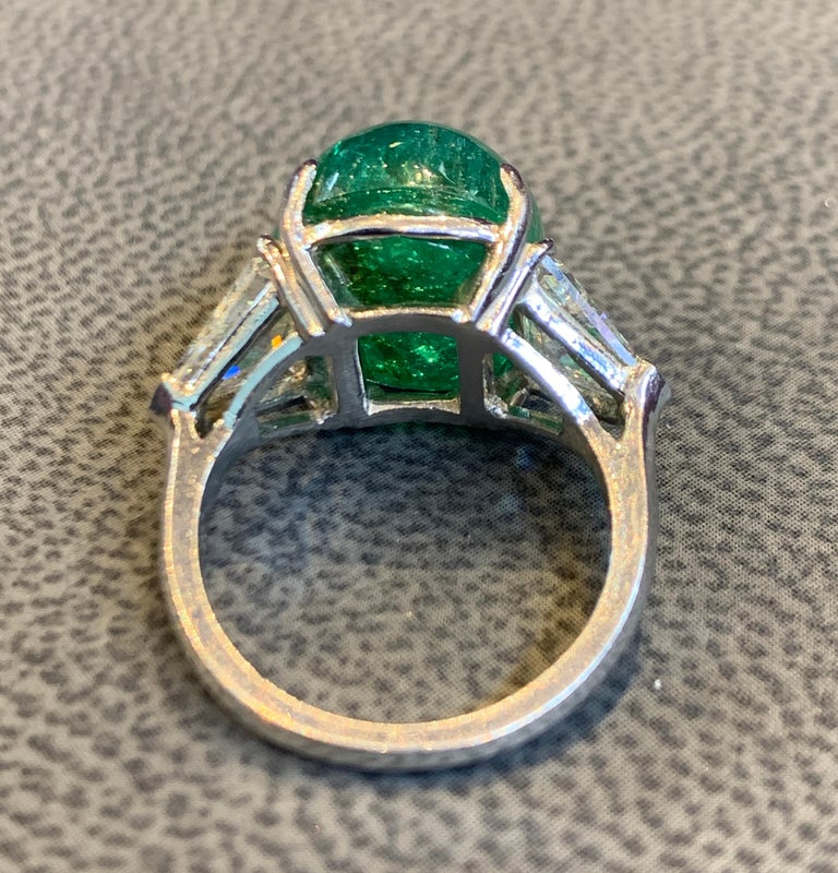 Cabochon Colombian Emerald and Diamond Three-Stone Ring For Sale 5
