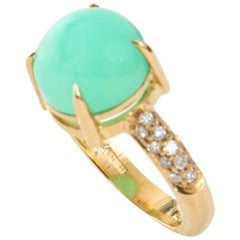 Cabochon Cut Green Chrysoprase and White Diamond 18 Karat Gold Cocktail Ring