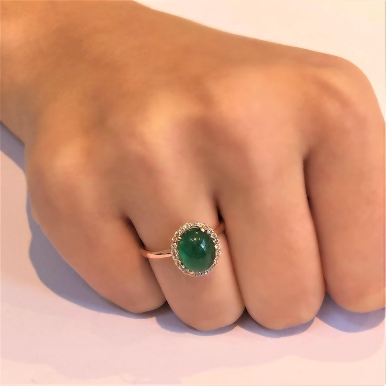 Cabochon Emerald and Diamond Rose Gold Fashion Cocktail Ring In New Condition For Sale In New York, NY