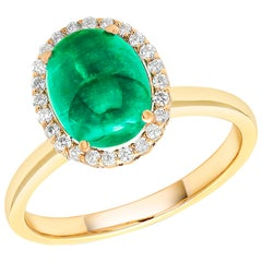 Cabochon Emerald and Diamond Yellow Gold Fashion Cocktail Ring