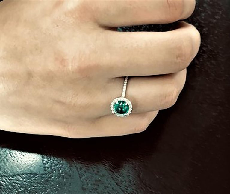 Cabochon Emerald Diamond Cluster Cocktail Ring Weighing 1.45 Carat In New Condition For Sale In New York, NY