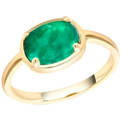 Cabochon Emerald Gold Cocktail Ring Weighing 2.25 Carat