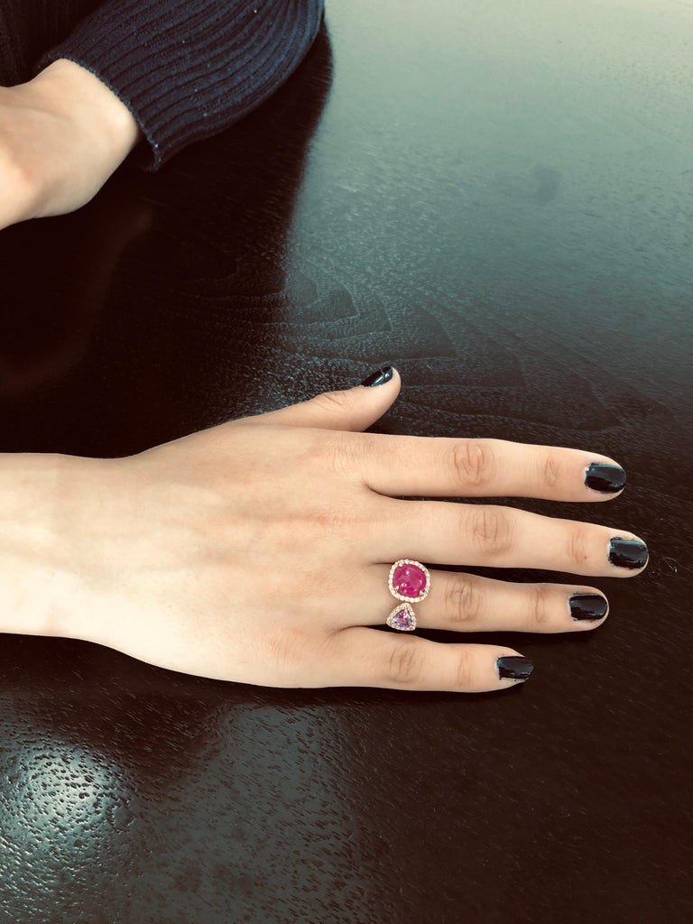 Burma Cabochon Ruby Diamond Triangle Pink Sapphire Open Shank Cocktail  Ring In New Condition For Sale In New York, NY