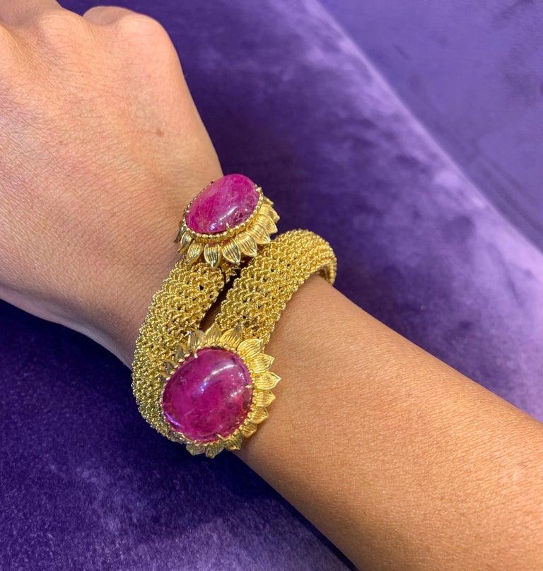 Cabochon Ruby Gold Mesh Bracelet  For Sale 2