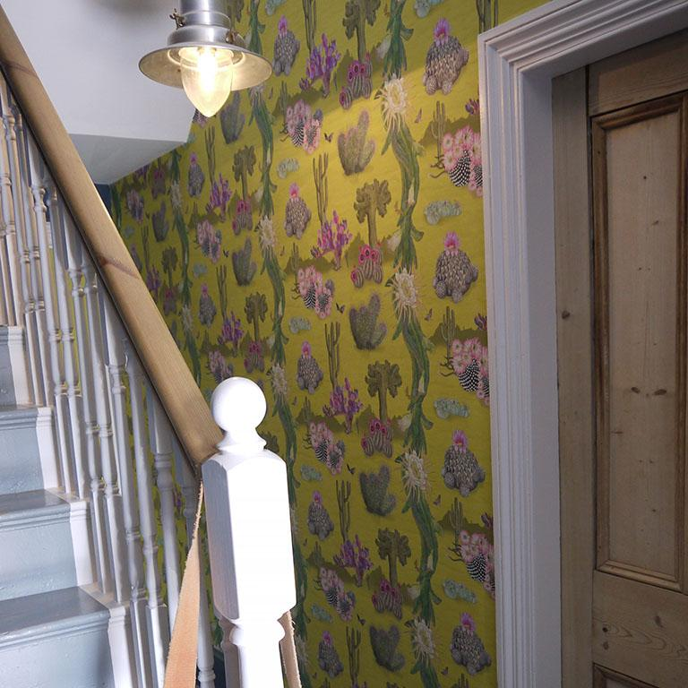 Cactus Mexicanos in Dove Botanical Wallpaper In New Condition For Sale In Kent, GB