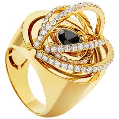CADAR Duality Cocktail Ring, 18K Yellow Gold and Black & White Diamonds