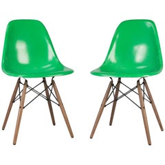 Cadmium Green Pair '2' Herman Miller Eames DSW Dining Side Shell Chairs