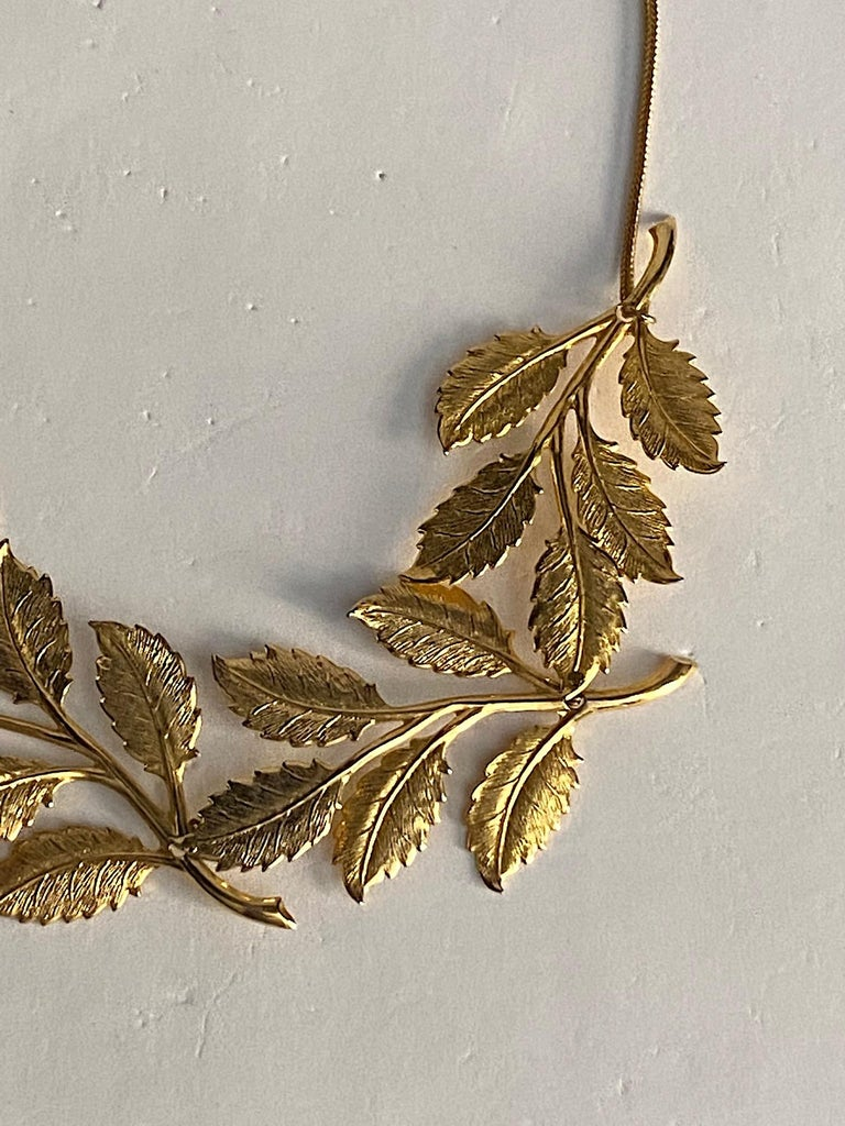 Cadoro 1960s Gold Laurel Leaf Victory Neclace For Sale 3