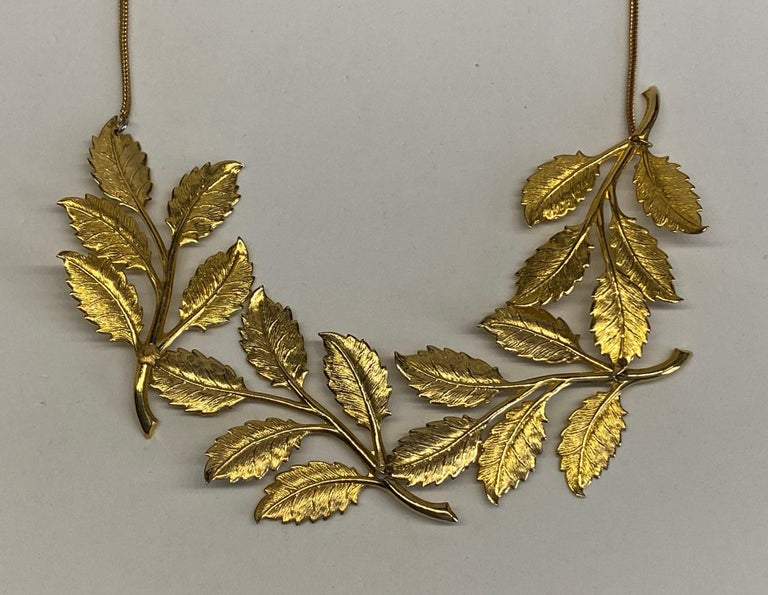 Cadoro 1960s Gold Laurel Leaf Victory Neclace For Sale 4