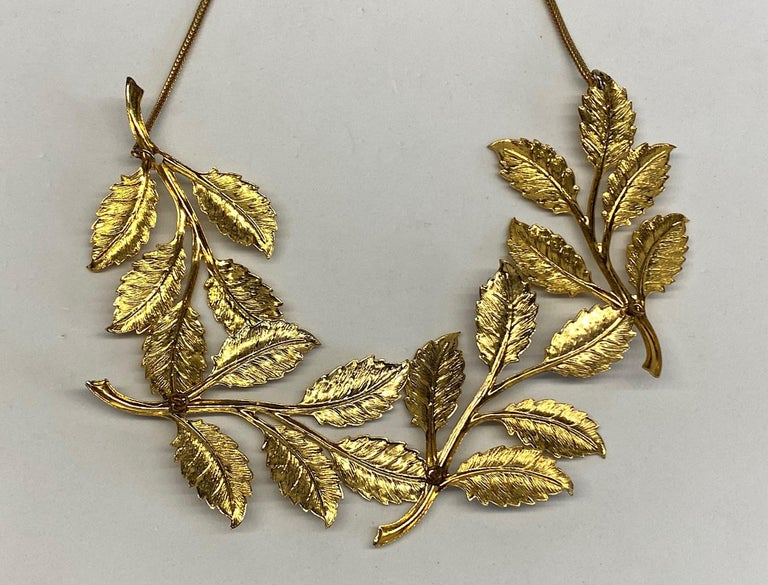 Cadoro 1960s Gold Laurel Leaf Victory Neclace For Sale 6