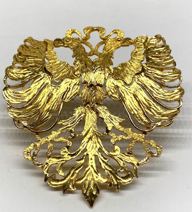 Cadoro 1970s Huge Double Head Eagle Crest Scarf Clip In Good Condition For Sale In New York, NY